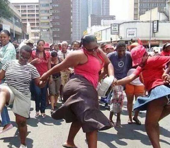 Kåte Nakne Kenyanske Damer