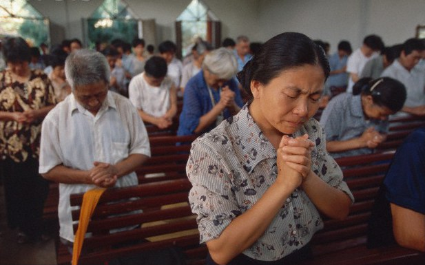 Chinese children banned from going to church