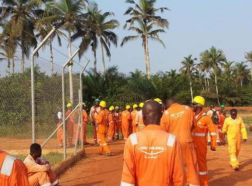 Oil workers at the OCTP site