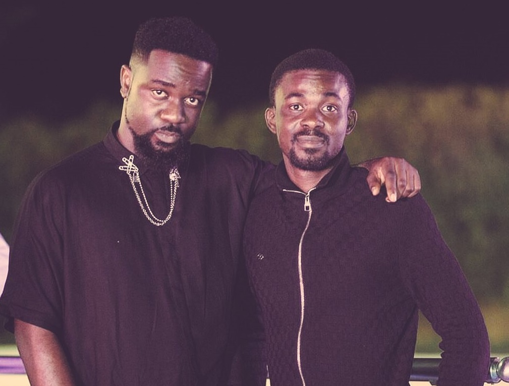 Sarkodie calls on Ghanaian's to help build the Nana Appiah Mensah dream