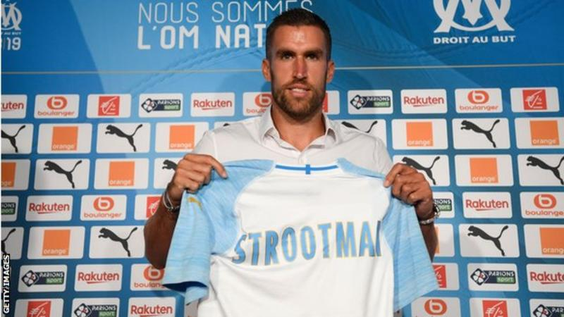Netherlands midfielder Kevin Strootman has joined Marseille from Roma in a €25m (£22.7m) deal. The 28-year-old played 44 times last season as Roma finished third in Serie A and reached the semi-finals of the Champions League. Marseille announced the signing with a Fortnite-style video.  C'était écrit. Venu de l'eau 🌊 pour mettre le feu 🔥  #TheFlyingDutchman #OMnation pic.twitter.com/Wla4k3fRMF  — Olympique de Marseille (@OM_Officiel) August 28, 2018    Read also:Barcelona seal €41m Malcom deal after hijacking Roma move