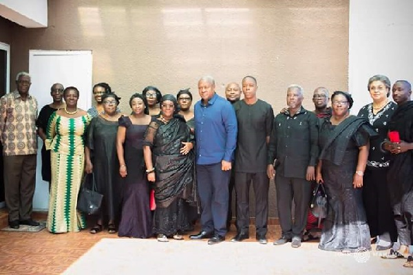 Former President Mahama and family members of late Kofi Annan