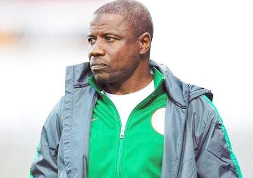 Nigerian football coach Salisu Yusuf filmed taking cash