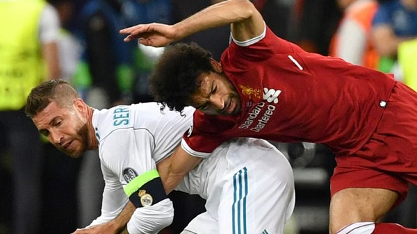 Mohamed Salah went off injured after a collision with Sergio Ramos