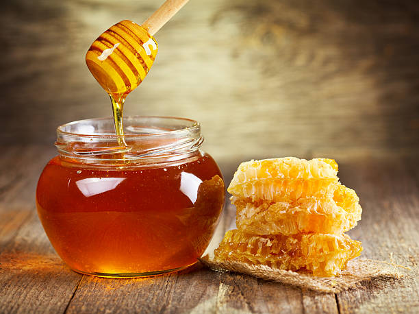 12_ Benefits of Honey - Advantages & Uses of Honey
