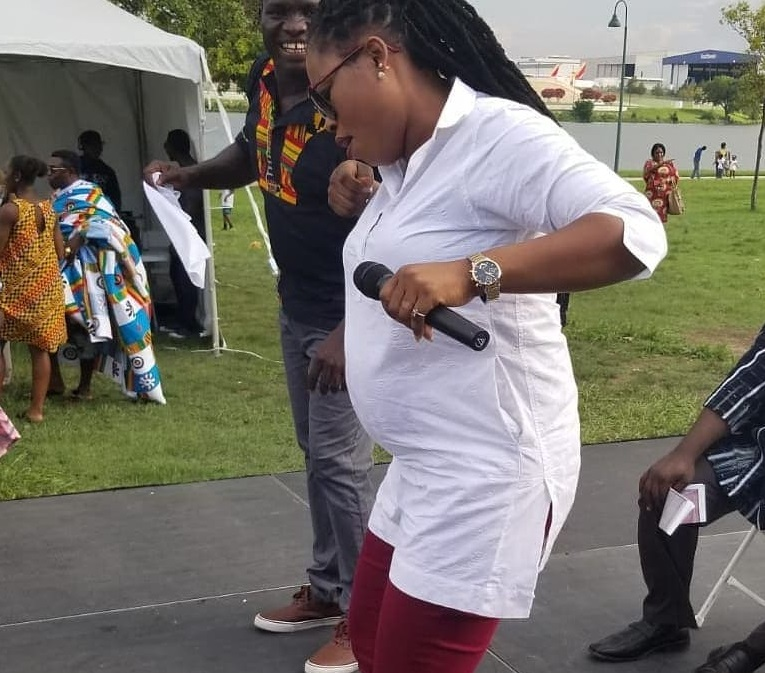 Heavily pregnant Joyce Blessing performs in the US