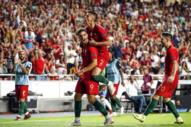 Silva scores as Ronaldo-less Portugal beat Italy
