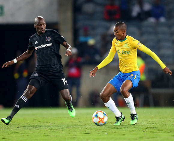 Thapelo Morena of Mamelodi Sundowns challenged by Musa Nyatama of Orlando Pirates during the Absa Premiership 2018/19 match between Orlando Pirates and Mamelodi Sundowns at Orlando Stadium, Johannesburg on 01 May 2019 ©Samuel Shivambu/BackpagePix