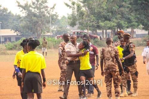 PHOTOS: Referee Theresa Bremansu beaten mercilessly by fans of Prison Ladies