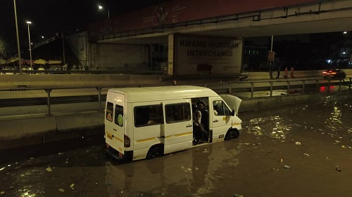 VIDEO: Parts of Kwame Nkrumah Circle and Kenshie floods after Sunday's rains