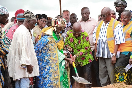 Akufo-Addo cutting sod for Tamale Airport phase 2 project