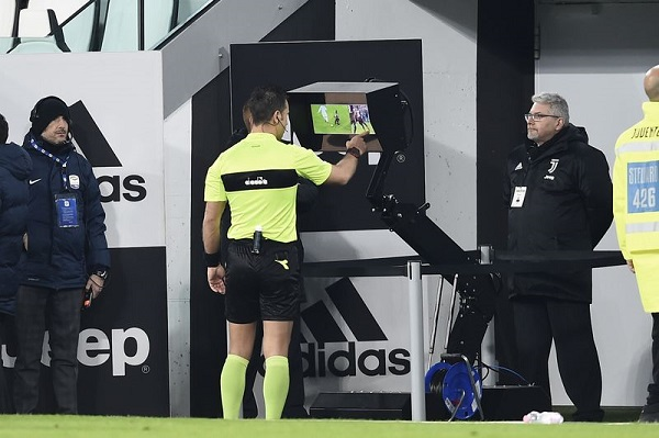 VAR to make UEFA Champions League debut