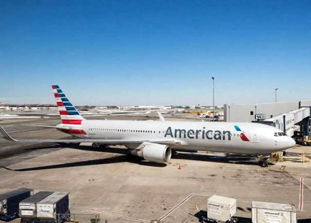 US: Airline kicks family off flight because of bad body odour