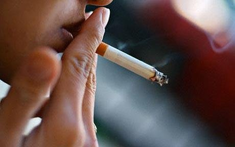 Smoking 'damages eyes as well as lungs'