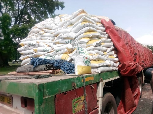 4000 bags of fertilizers