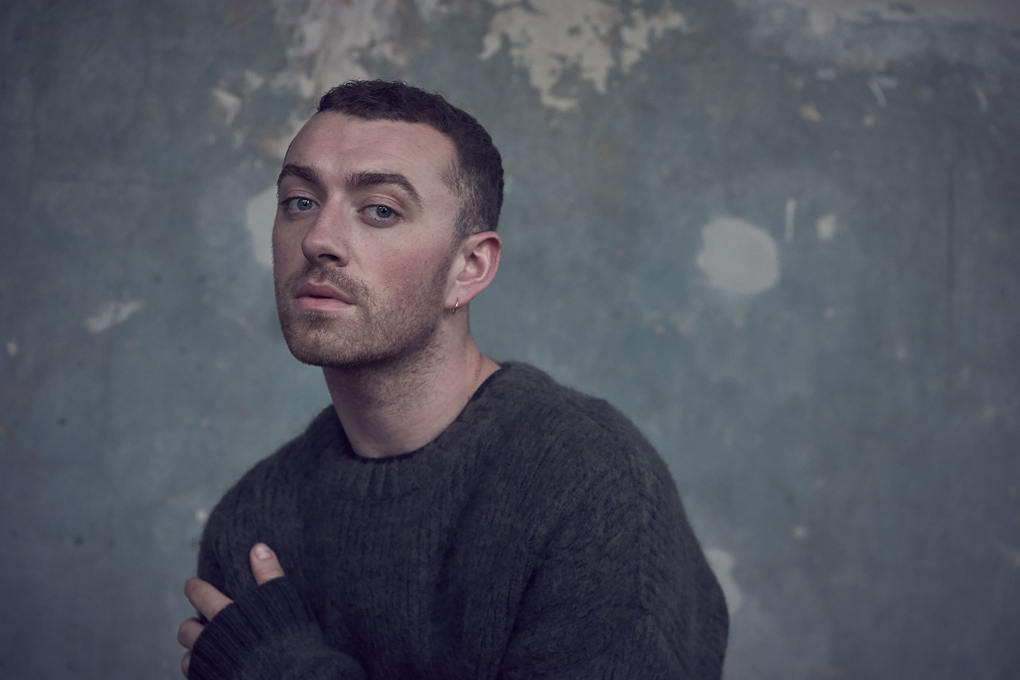 I'm neither a man nor a woman-British singer Sam Smith