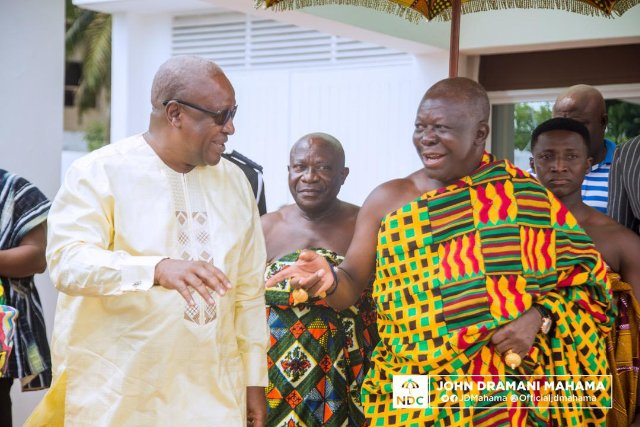 President John Dramani Mahama (L) and Otumfuo Osei Tutu II (R) exchanging pleasantries at the former's office last week in Accra.