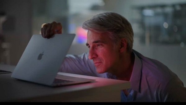 Apple's engineering chief Craig Federighi said the laptops wake instantly from sleep