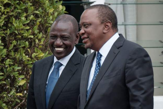President Kenyatta (R) and his deputy Ruto (L) have fallen out